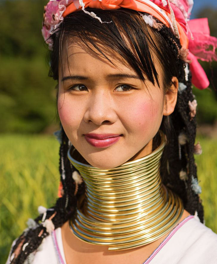 """This Is What """"Ideal"""" Woman Looks Like in 10 Countries Around the World"""